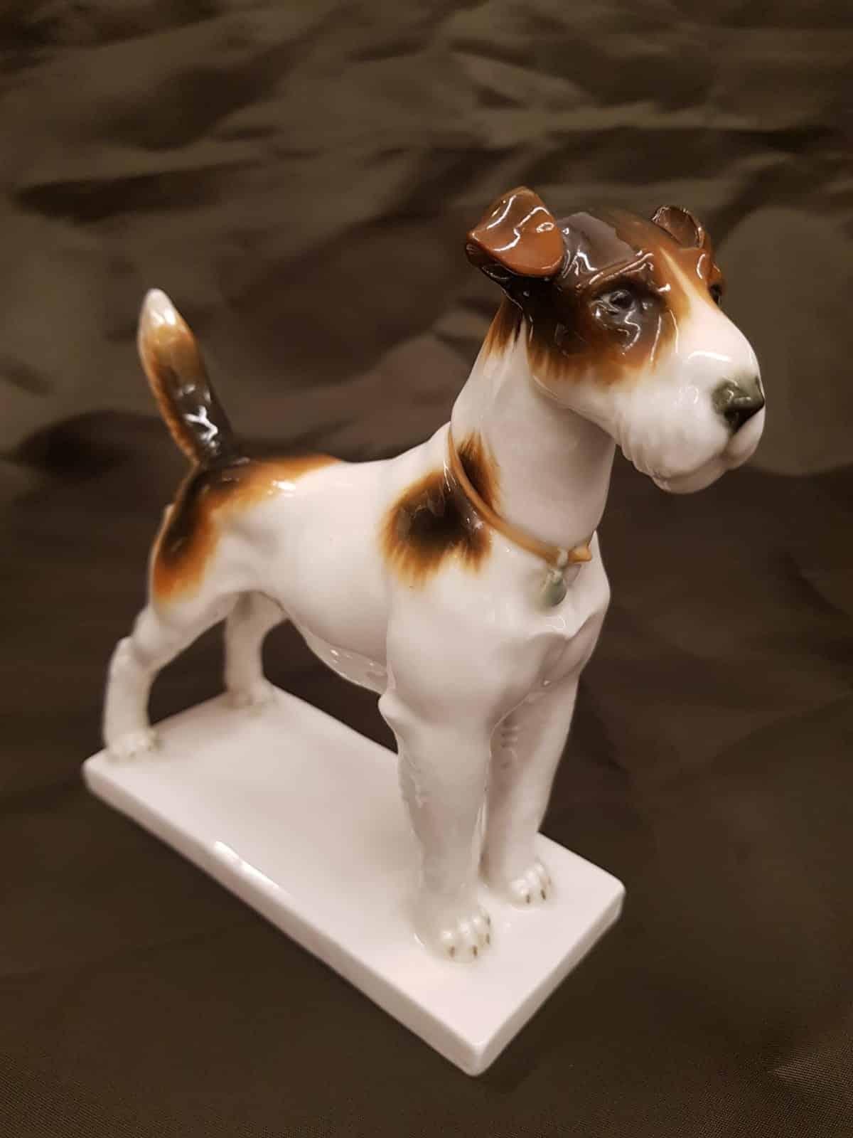 Stehender Terrier Schwarzburger Werkstätten • Antiquitäten