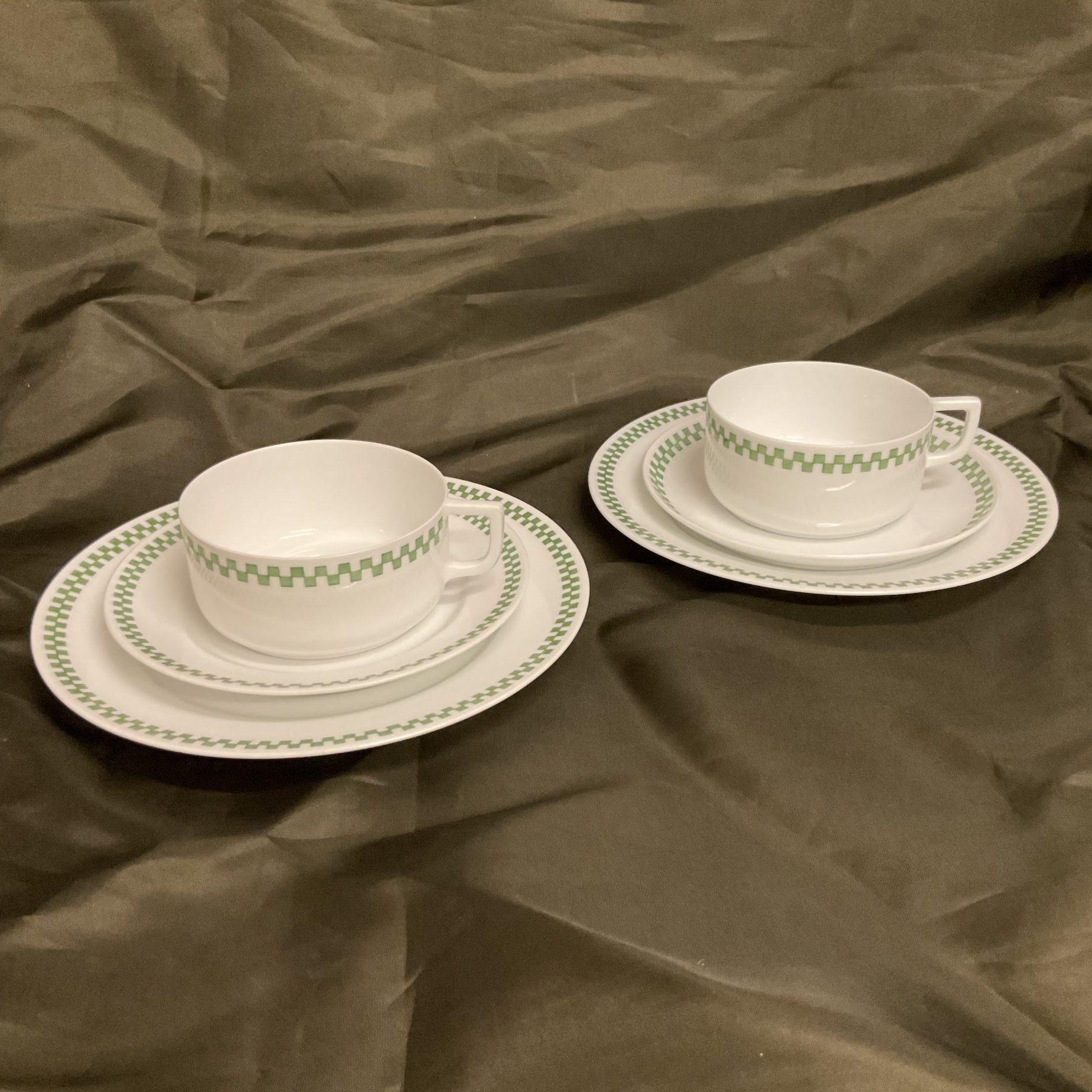 Zwei Teesets Grünes Würfelband Nymphenburg • Antiquitäten