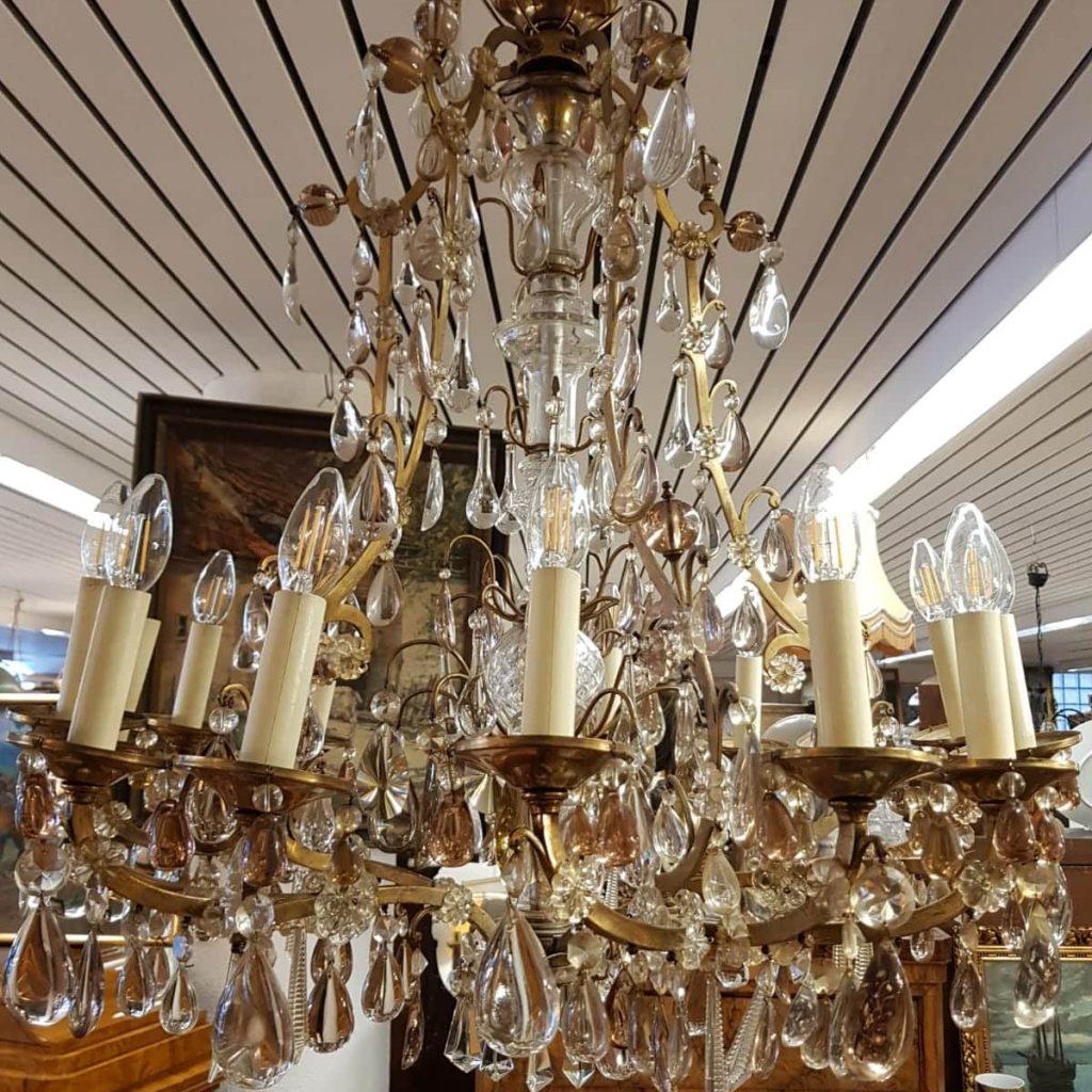Leuchten • Antiquitäten