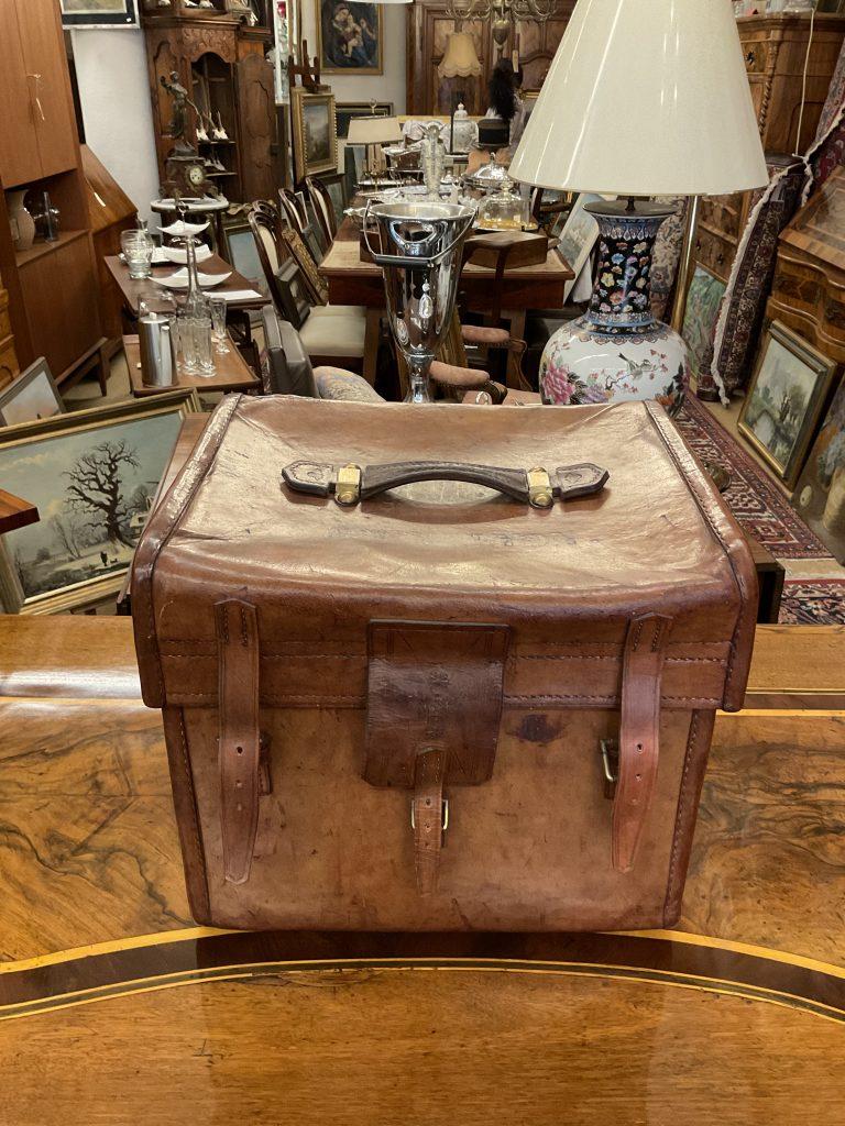 Hutkoffer • Antiquitäten