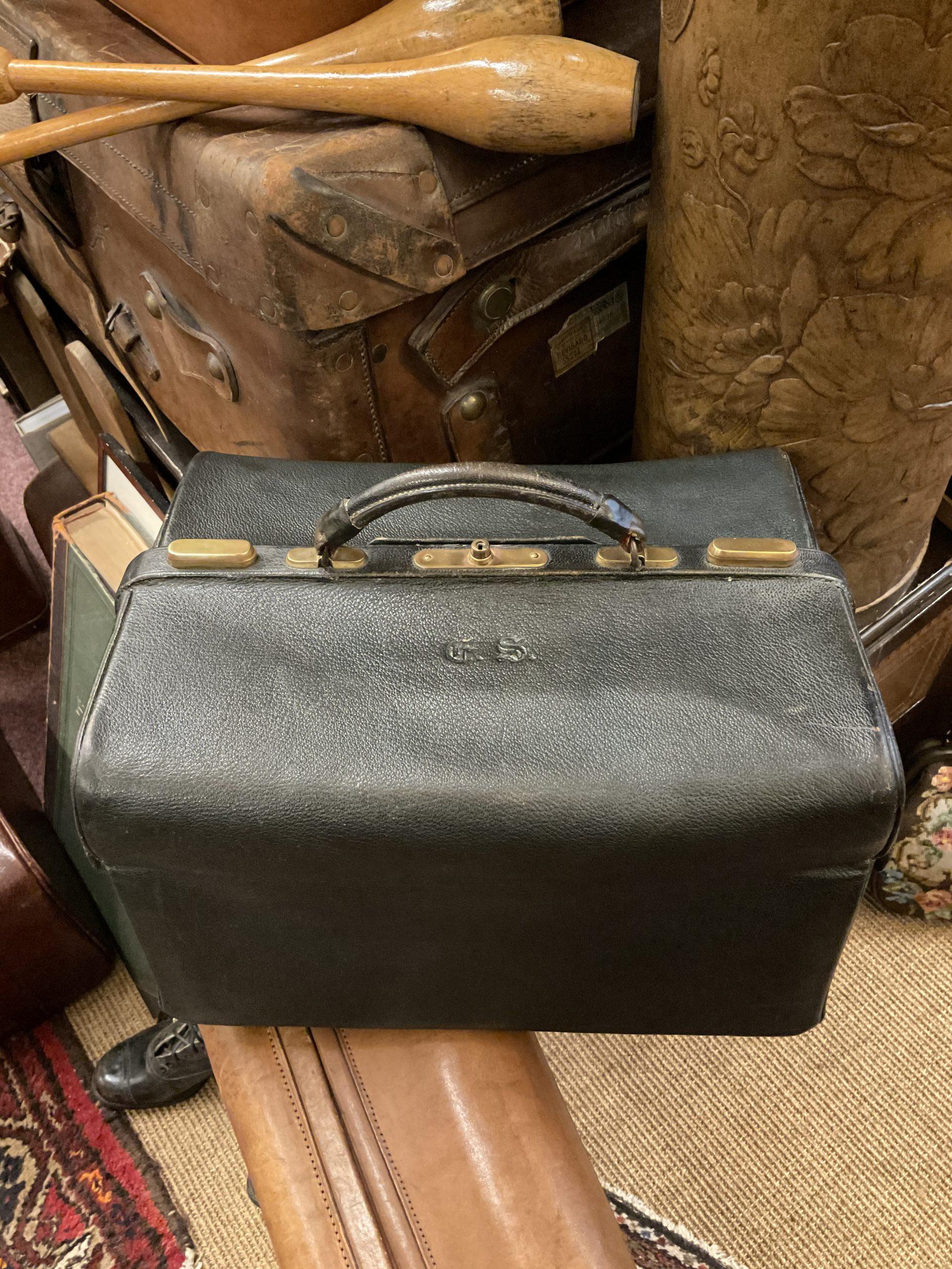 Taschen • Antiquitäten
