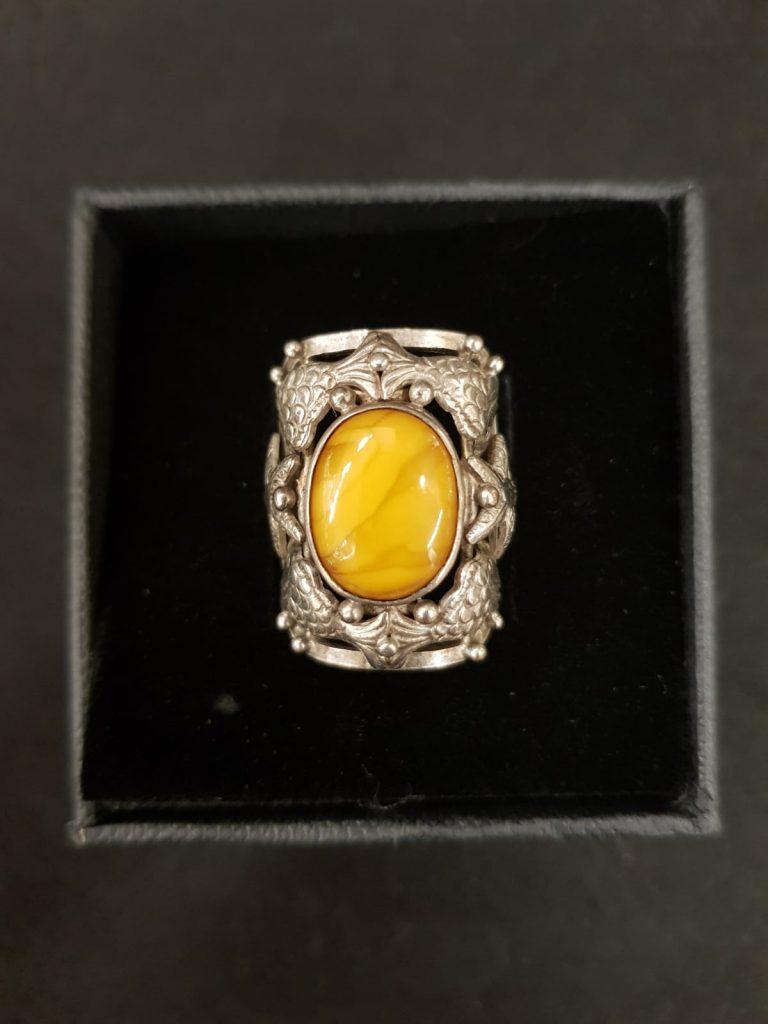 Bernstein-Silber-Ring Fischland • Antiquitäten