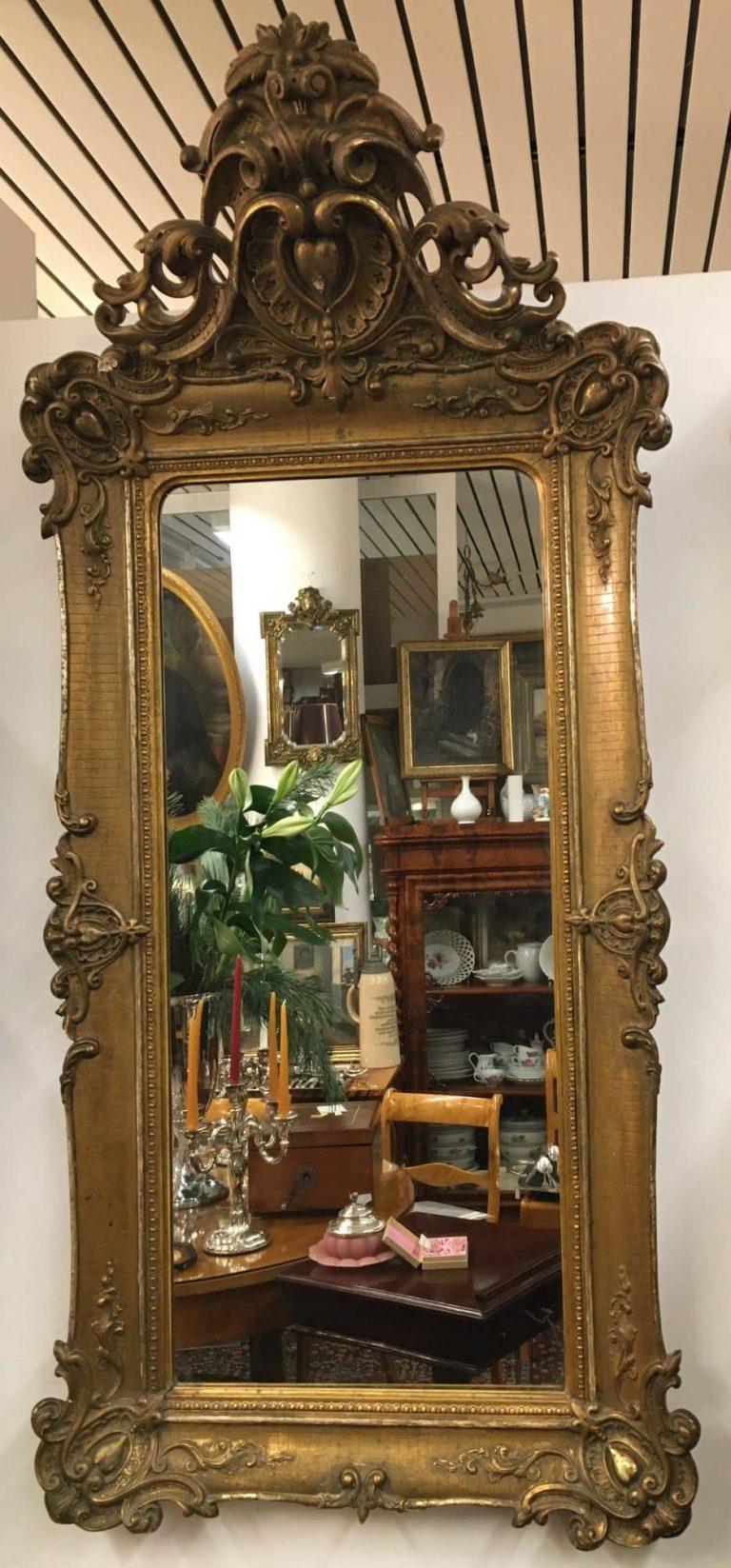 Vergoldeter Wandspiegel • Antiquitäten
